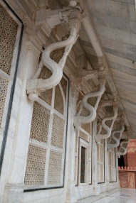 Marble Temple Wall struts